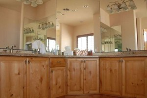 Lara Custom Cabinets - Residential Custom Bathroom